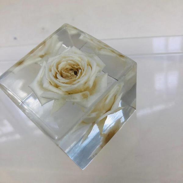 crystal20190419a.jpg